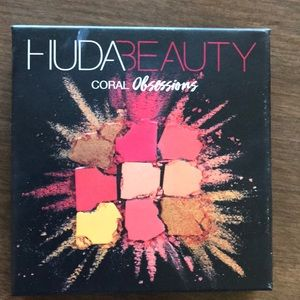Hudson beauty coral obsessions pallet!